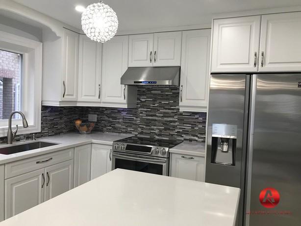 Modern kitchen cabinets Nelia Karl